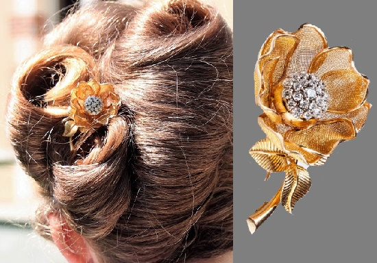 Rose brooch. 1960s, brilliant cut diamonds, gold wire