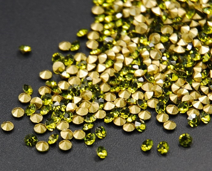Faux olivine