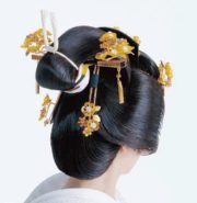 Japanase women seasonal hair decorations