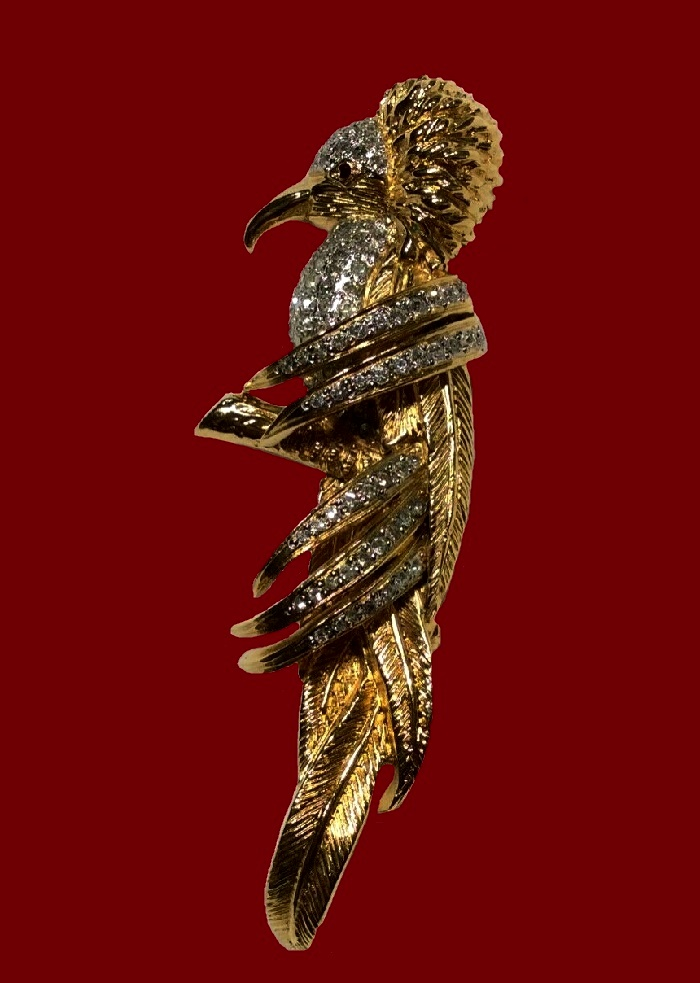 Kingfisher bird brooch. Gold and silver tone jewelry alloy, rhinestones