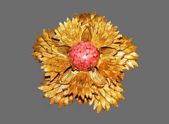 Pink cabochon gold tone textured metal flower brooch
