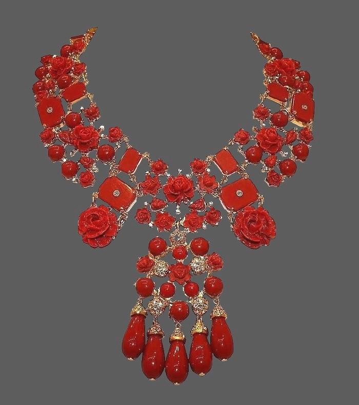 Red rose flower necklace. Swarovski crystals, art glass