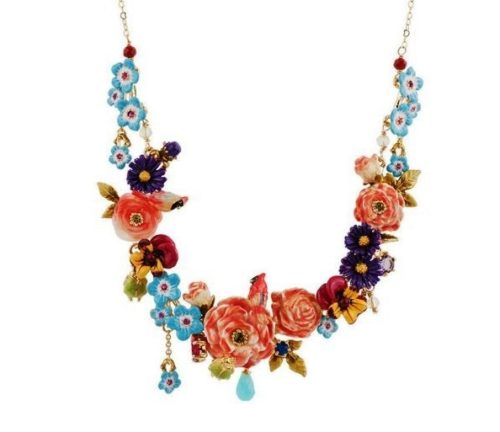 Rose and blue flowers necklace