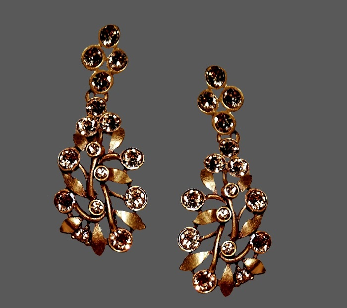 Twig with leaves earrings. Gold tone jewelry alloy, Swarovski crystals. 4.5 cm