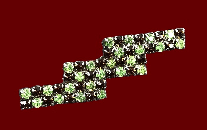 Zig Zag brooch. Brown and green rhinestones