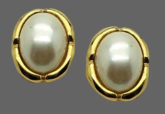 14 K gold plated faux pearl vintage oval clips