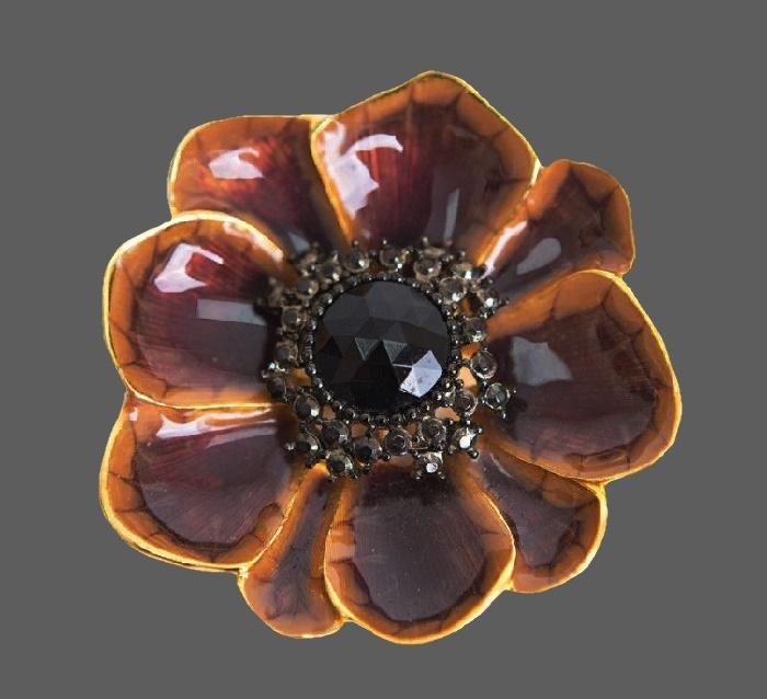 Signed Alana Stewart Vintage brooch - pendant. Jewelery alloy, enamel, gilding, rhinestones, art glass. Size 6.5 cm