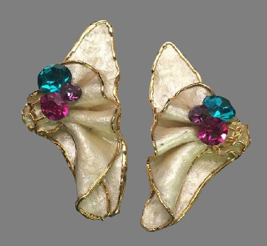 Beautiful abstract design ceramic earrings, 24K gold plated. 1980s