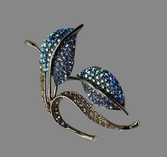 Calla flower brooch. Pewter, clear and blue rhinestones