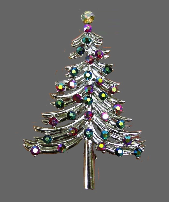 Christmas tree vintage brooch. Silver tone jewelry alloy, rhinestones, crystal