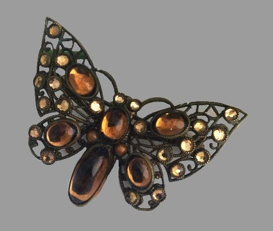 Czechoslovakian vintage butterfly brooch. Filigree metal, cabochons. 5 cm