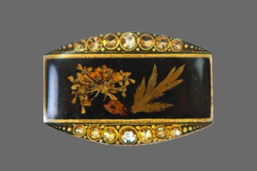 Dried flowers brooch. jewelry alloy, rhinestones, lacquer, enamel. 3.5 cm