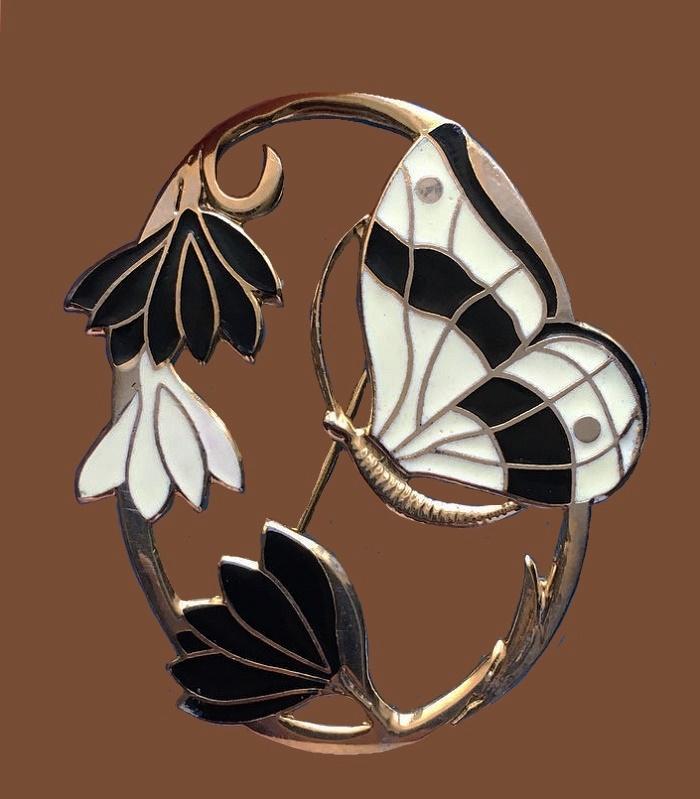 Gift Enterprises vintage butterfly enameled brooch pendant. 4 cm