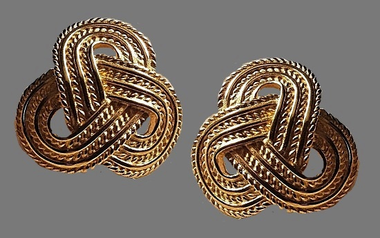 Gilt Rope Celtic Knot earrings of gold tone, 1980s