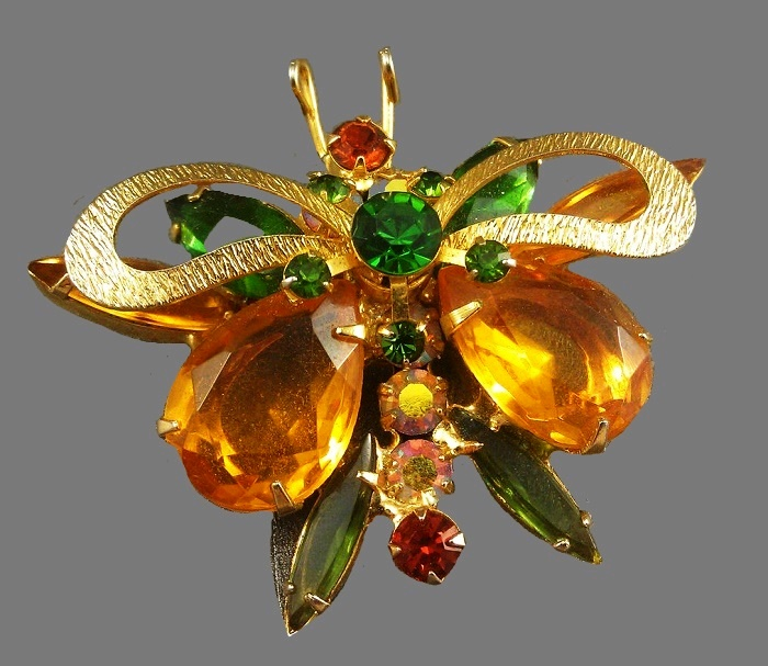 Juliana vintage butterfly brooch. 5.2 cm