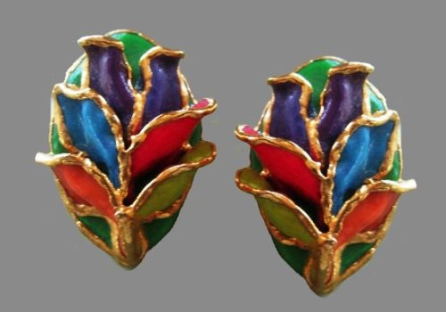 Leaf post earrings. Multicolor enamel, porcelain