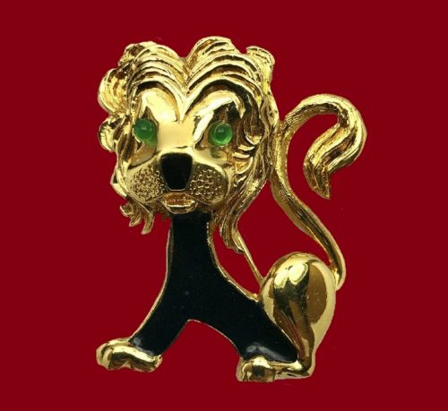 Lion gold plated enameled brooch