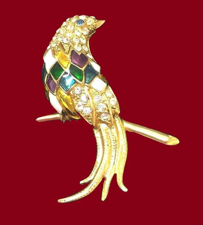 Parrot brooch. Jewelry alloy, enamel, rhinestones