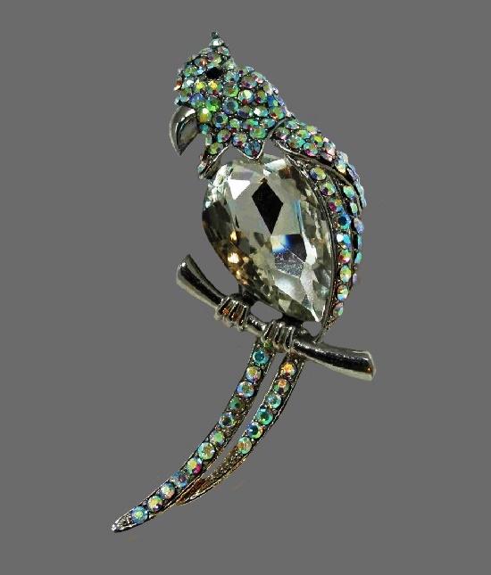 Parrot vintage brooch. Silver tone metal alloy, rhinestones, crystal