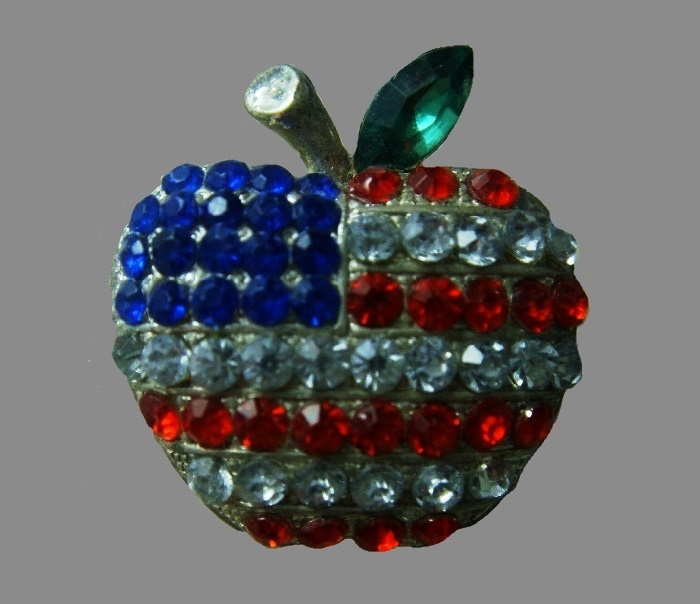 Patriotic US flag apple shaped pin. Jewelry alloy, rhinestones