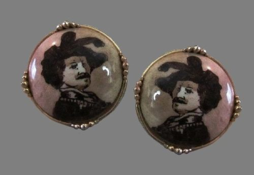 Porcelain men's portrait cufflinks