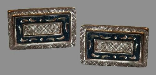 Rectangular cufflinks textured silver tone metal