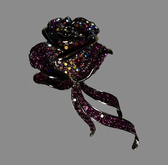 Rose flower rhinestone brooch