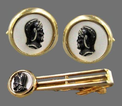 Set of cufflinks and tie clip Roman warrior theme. Gold tone, white enamel