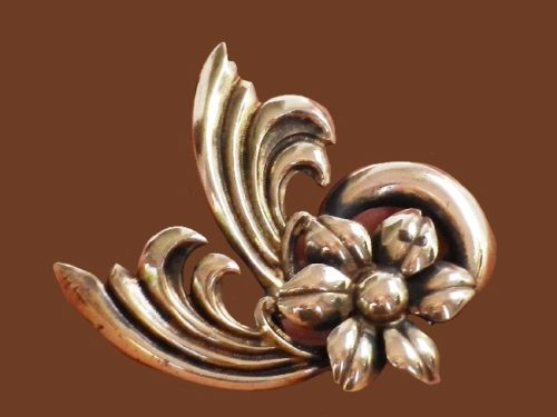 Swirl and flower vintage brooch pendant. 14 K gold plated sterling silver