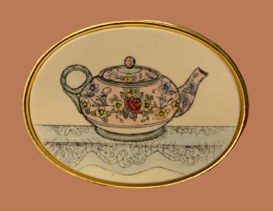 Teapot oval handpainted vintage pin. 4 cm
