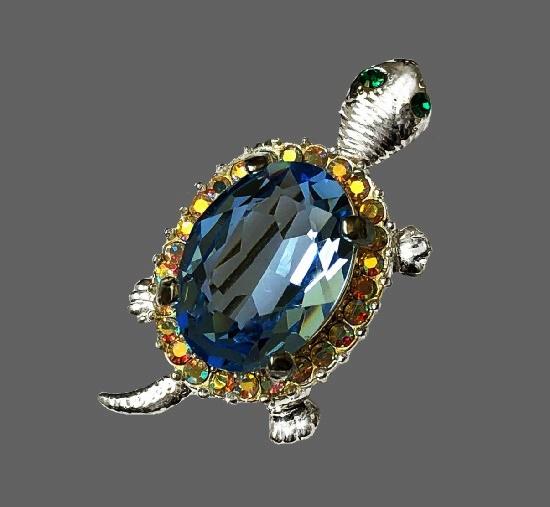 Turtle vintage brooch. Silver tone, multicolor rhinestones