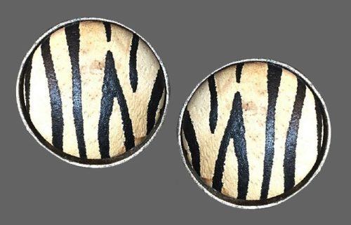 Zebra stripe round shaped earrings. Jewelry alloy, leather