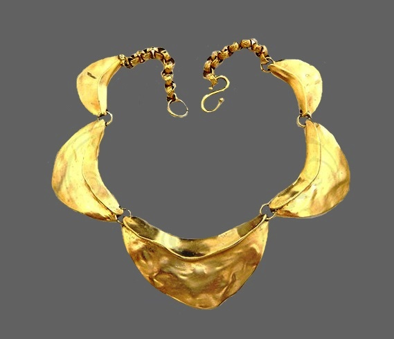 vintage choker 'Crumpled' gold ' in the Etruscan style of bijouterie alloy, with gold electroplated coating