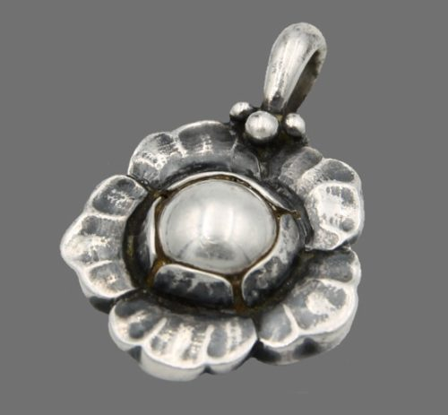 2002 Denmark flower pendant of sterling silver