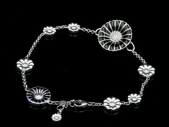 Black enamel daisy bracelet