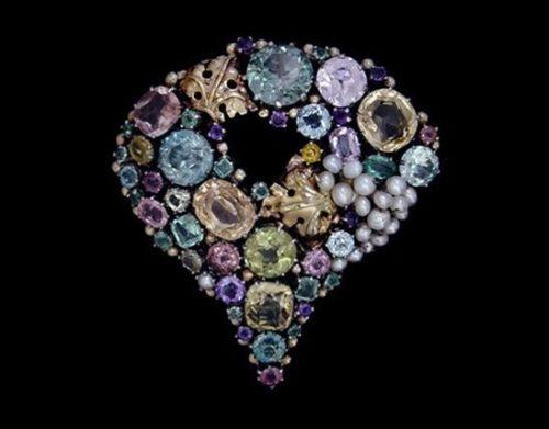 English jewelry designer Dorrie Nossiter (29 June 1893 – 1977)