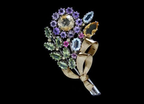 English jewelry designer Dorrie Nossiter