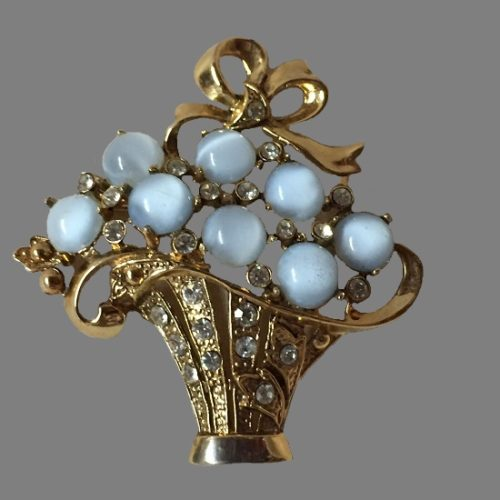 Basket of flowers. Moonglow glass gold tone brooch