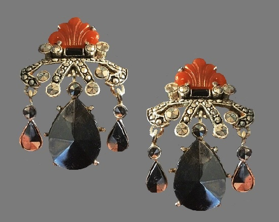 Brown and black silver tone chandelier earrings. Rhinestone, black glass cabochons, brown lucite