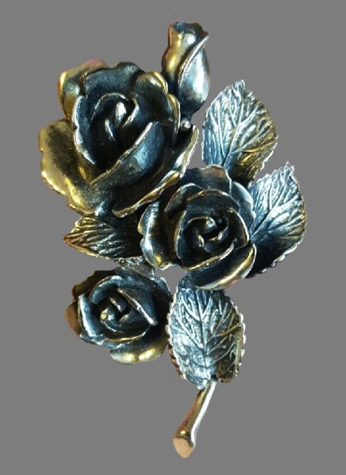 Rose flower bouquet silver tone brooch