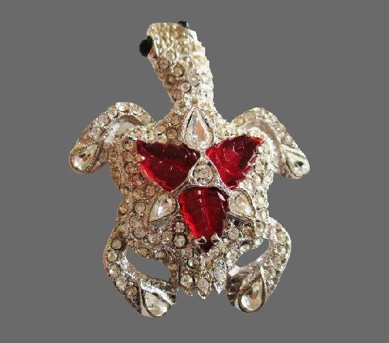Turtle brooch. Silver tone metal, rhinestones, lucite
