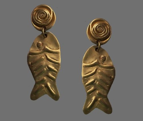 Fish earrings. Matte gold jewelry alloy