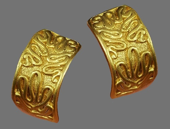Textured gold tone metal earrings