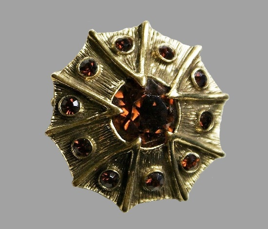 Brooch in the form of an order. Brass, glass, cabochon. 5.2 cm