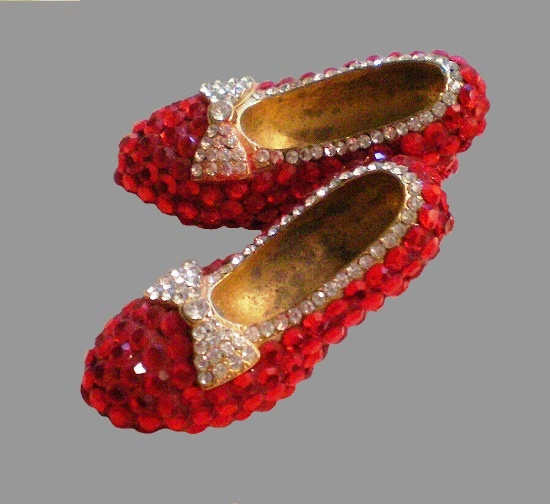 Red Shoes brooch. Rhinestone