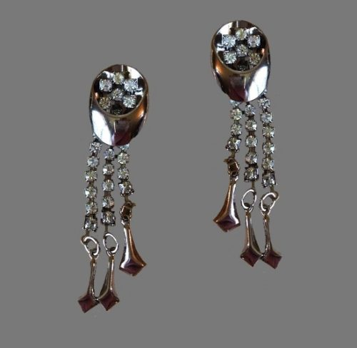 Silver tone dangle earrings with rhinestones. 7.2 cm