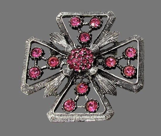 Stylized Maltese cross. TARA Fifth Avenue. 60s Pink and silver tone