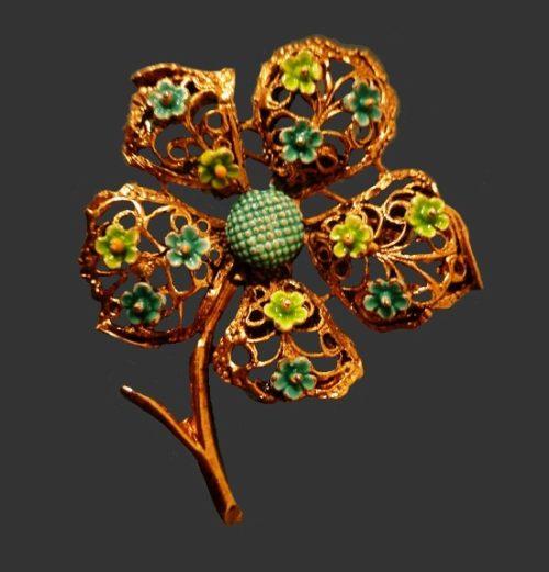 Laurentian Jewellery Manufacturing LJM. Flower brooch. Gold tone metal, enamel
