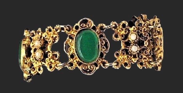 Exquisite gold tone metal, jade bracelet