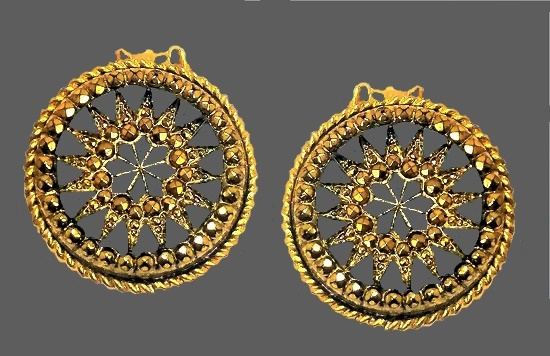 Round Clip on earrings, sunburst. Gold tone yellow rhinestones